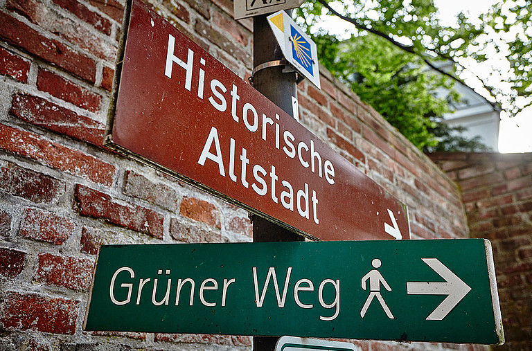 Discover Memmingen on the green or red path